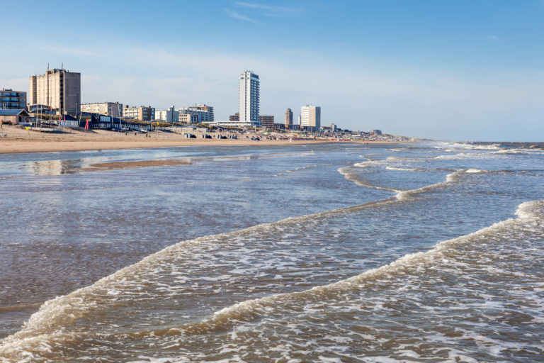 Omgeving Zandvoort aan zee vanaf het water