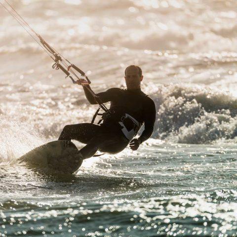 Surfing Zandvoort aan zee Beachhouse hotel
