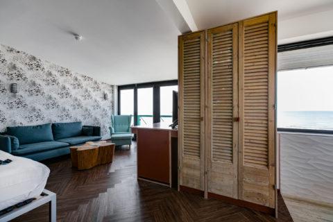 Egyptische kast in deluxe suite zeezijde beachhouse hotel