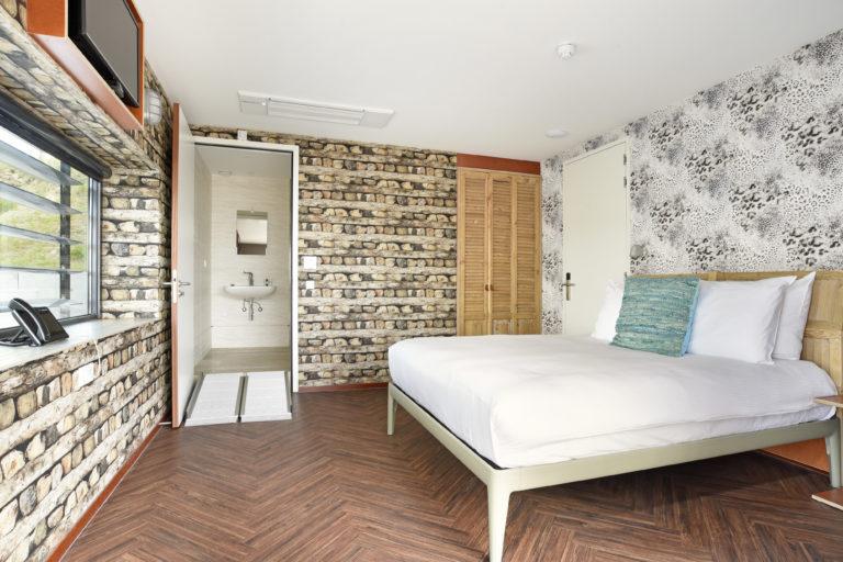 Slaapkamer superoir zeezijde Beachhouse hotel