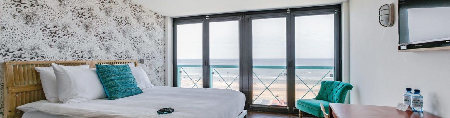 Superior zeezijde beachhouse hotel