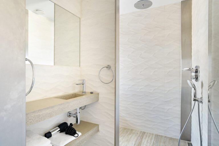 badkamer superior zeezijde kamer Beachhouse hotel